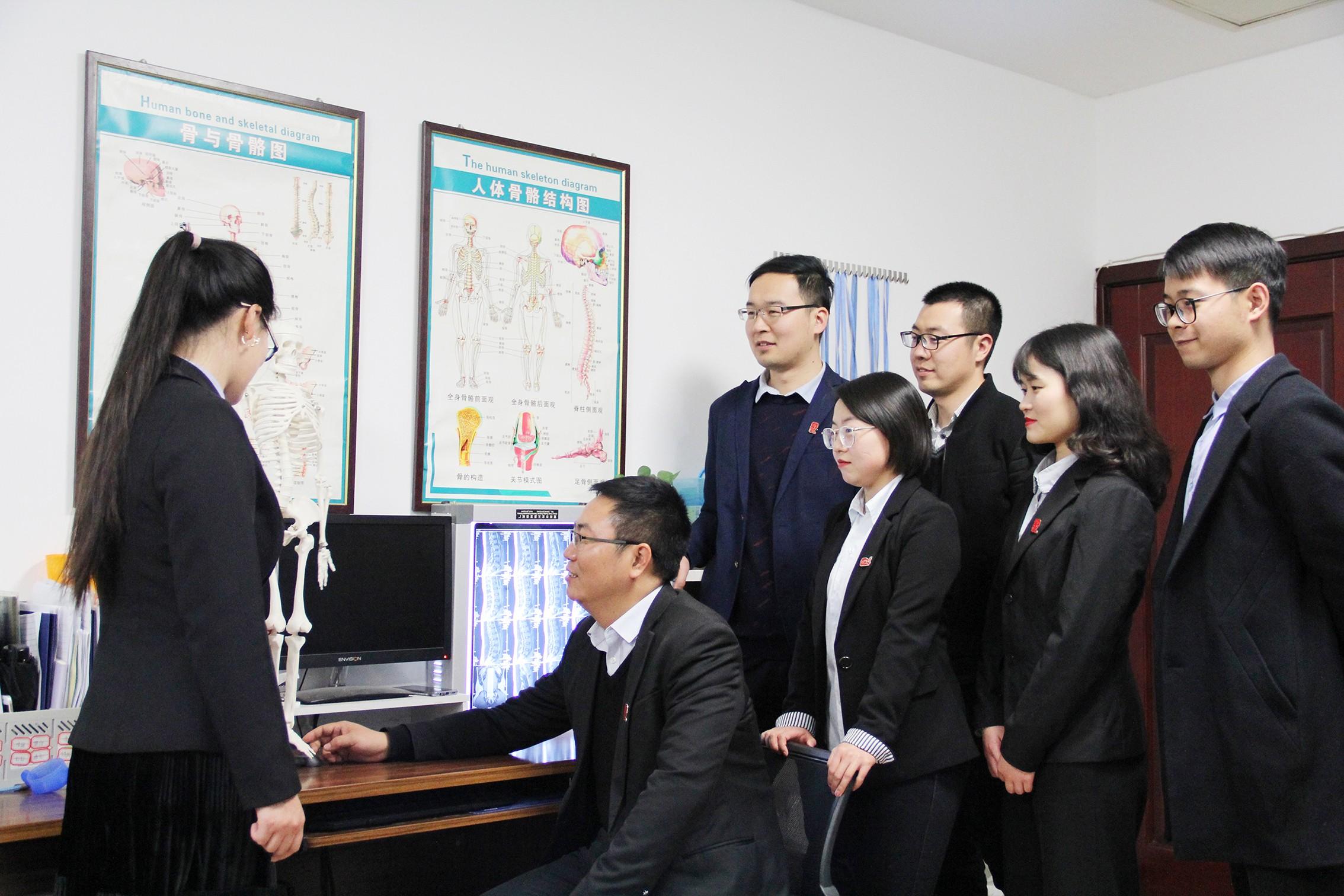 洛阳交通事故律师合照